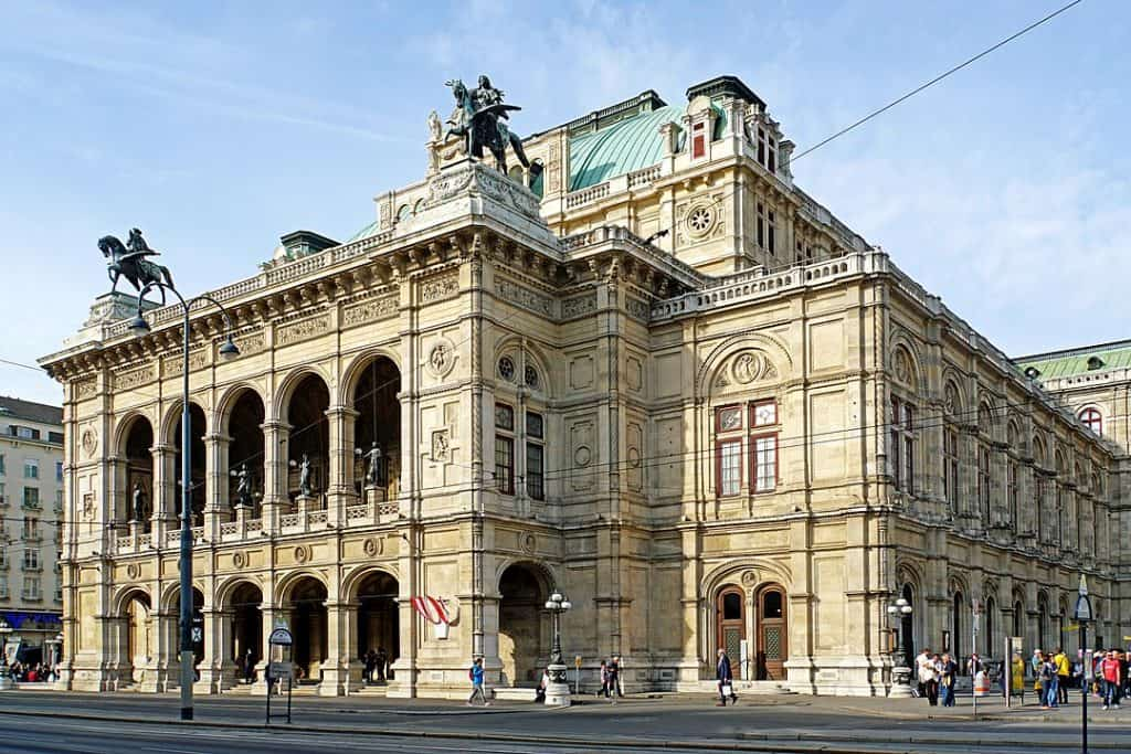Vienna State Opera, your second stop for your day trip from Prague to Vienna